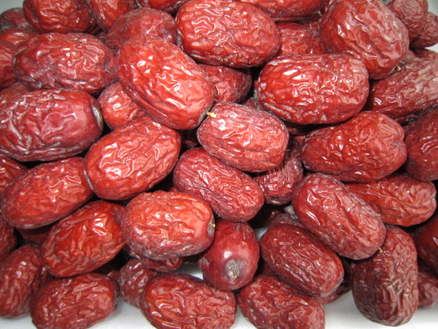 专售新疆塔克拉玛干大沙漠种植的灰枣