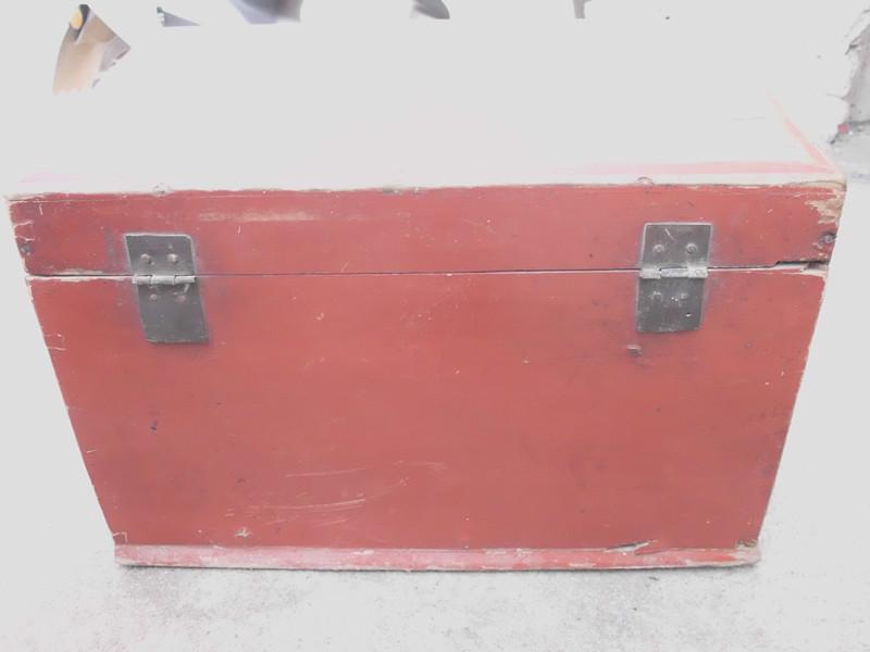 老的木头箱子