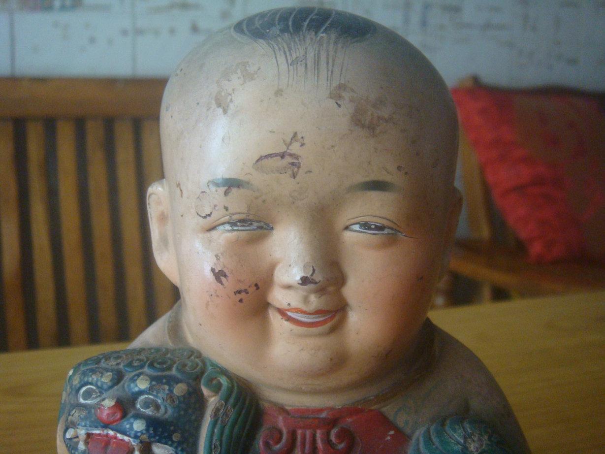 一个非常可爱的民国瓷娃娃存钱罐