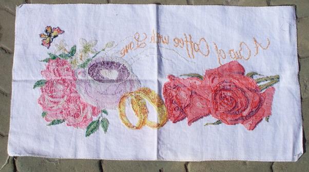 玫瑰花 十字绣一幅