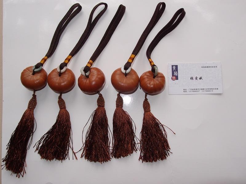 【产品介绍】桃木葫芦汽车挂件精雕细琢