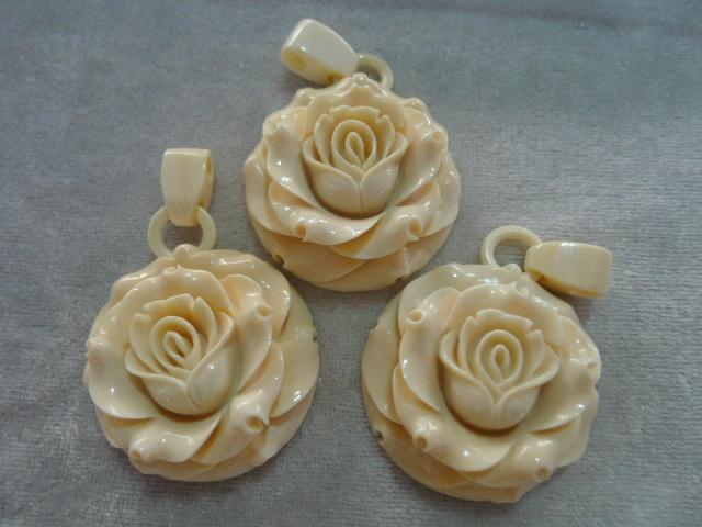 木雕玫瑰花图片