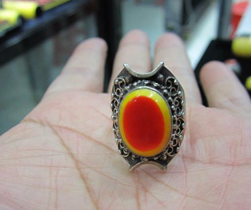 5#鹤顶红戒指,纯银手工打制,适合女士佩带! 售价;1200元包快,不议价!